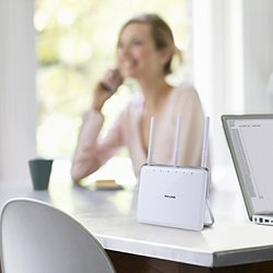 TP-LINK AC1750 Dual-Band Wi-Fi AC Router  Extender