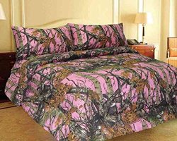 Regal Comfort Reversible Woodland Camo Comfofter - Pink - Size: King