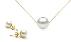 Golden Moon Women's 14k Gold Pearl Earrings and Necklace Set