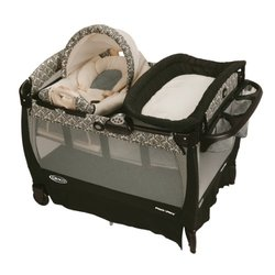 Graco Pack 'n Play Playard with Cuddle Cove Rocking Seat, Rittenhouse