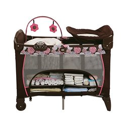 Graco Pack 'n Play Playard with Newborn Napper Station DLX - Chelle Pink