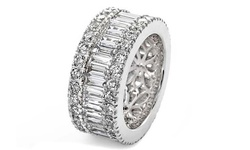 Yeidid 18kt White Gold Plated Zirconia Ring Band - Size: 7