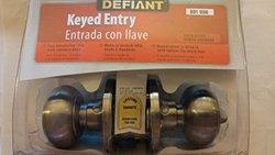 Defiant Hartford Satin Nickel Entry Knob (TGX200)