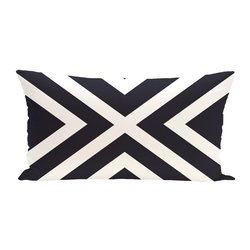"E By Design ""X"" Marks Spot Stripes Print Outdoor Seat Cushion - Bewitching"