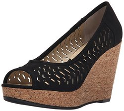 Adrienne Vittadini Women's Wedges: Carilena-sueded Black/6