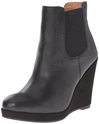 Corso Como Women's Coast Boot - Black Tumbled Leather - Size: 7 M US
