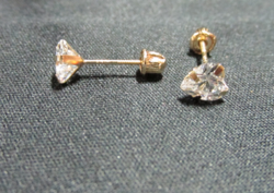 Reversible Heart Stud Earrings with Swarovski Elements in 14K Gold