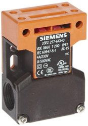 Siemens 3SE2 2576XX40 Interlock Switch & Molded Plastic Enclosure
