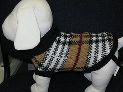 "Dog Sweater Measure From Base of Neck to Base of Tail 4"" - Size: 4"