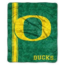 College NCAA Oregon Sherpa Throw green