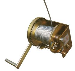 Elk River 21125 Deluxe EZE-Man Tripod Winch, 3600 lbs Gate, 25' Length