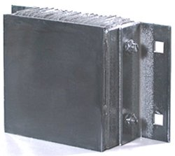 "Durable Corporation 16"" x 10"" Steel Face Rubber Rectangular Dock Bumper"