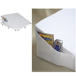 Reizen Space Saver Bed Wedge - 10 in x 20 in x 20 in