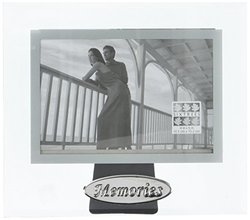 Sixtrees GT73646 Oval Sentiments - Memories