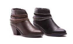 Olive Street Women's Chain Booties - Black - Size: 7.5