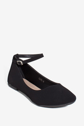 Strap It To Me Women's Flat - Black - Size: 7