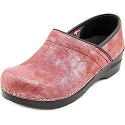 "SANITA ""MARGO"" METALLIC LEATHER CLOSED BACK SLIP ON CLOG ... SANITA ""MARGO"" METALLIC LEATHER CLOSED BACK SLIP ON CLOG ... SANITA ""MARGO"" METALLIC LEATHER CLOSED BACK SLIP ON CLOG BORDEAUX 39 (US WOMEN'S 8-8.5)"