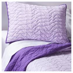 Pillowfort Triangle Stitch Quilt & Sham Set 2PC - Violet Villa - Size: T
