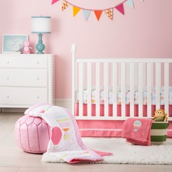 Circo 4-Piece 200-Thread Count Baloon Ride Crib Bedding Set - Pink/White