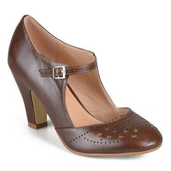 Journee Women's Round Toe Mary Jane Pumps - Brown - Size: 9
