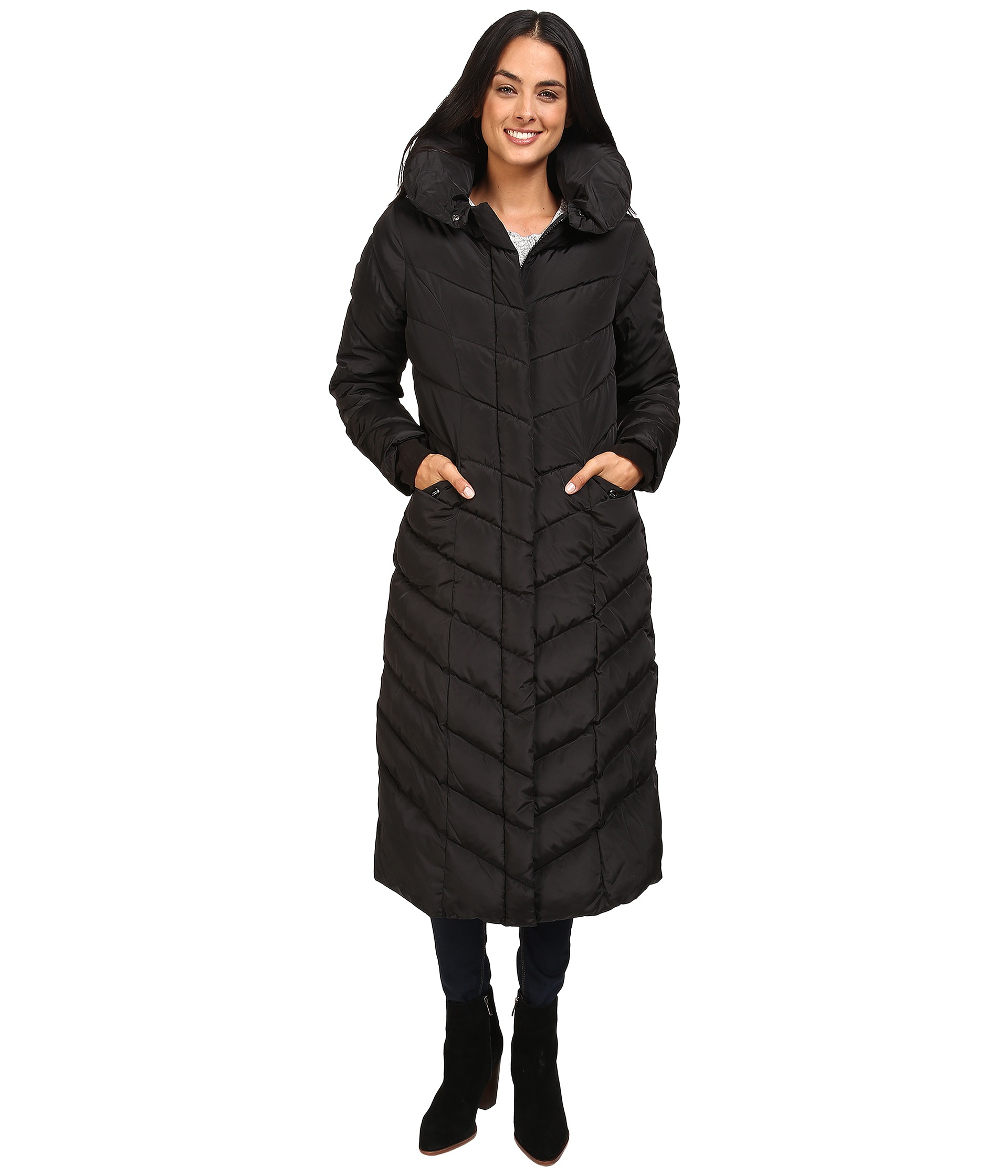 671c2fdd87f ... Steve Madden Women s Maxi Hooded Chevron Puffer Coat - Black - Size   Medium ...
