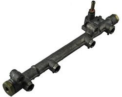 Auto 7 Original Fuel Injector Rail - 404-0001