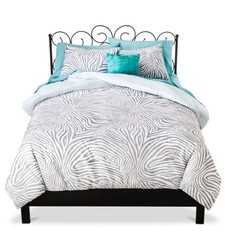 Xhilaration 8-piece Reversible Bed in a Bag - Zebra Print - Size: Full