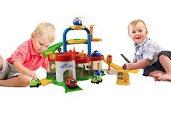 Ginzick Super Fun Wheelies Go Go Rampway Playset