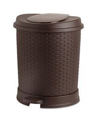 22 Qt. Rattan Style Trash Can (Brown)