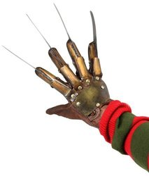 NECA Nightmare on Elm Street Freddy Krueger Dream Warriors Glove 1486883
