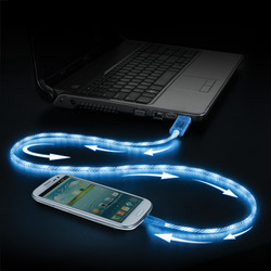 Pilot Electronics Electroluminescent V2 Charge/Sync iPhone 5 Cable - Blue