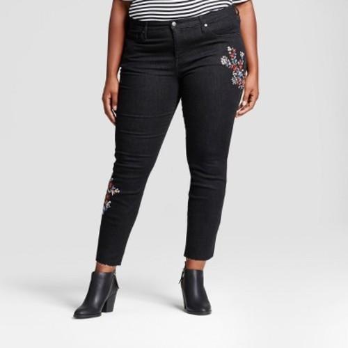 06112b8c0c4 Women s Plus Size Embroidered Skinny Jeans - Ava   Viv Black 18W ...