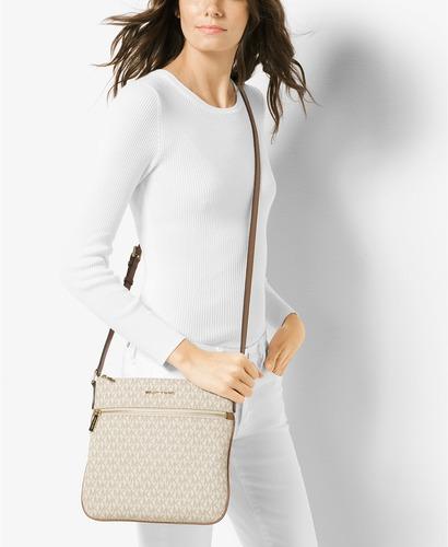 ... Michael Kors Women s Bedford Flat Crossbody Bag - Vanilla - Size  Small  ... 2d02830dc