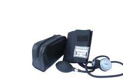 Santamedical Adult Deluxe Aneroid Sphygmomanometer with Black cuff and Carrying case